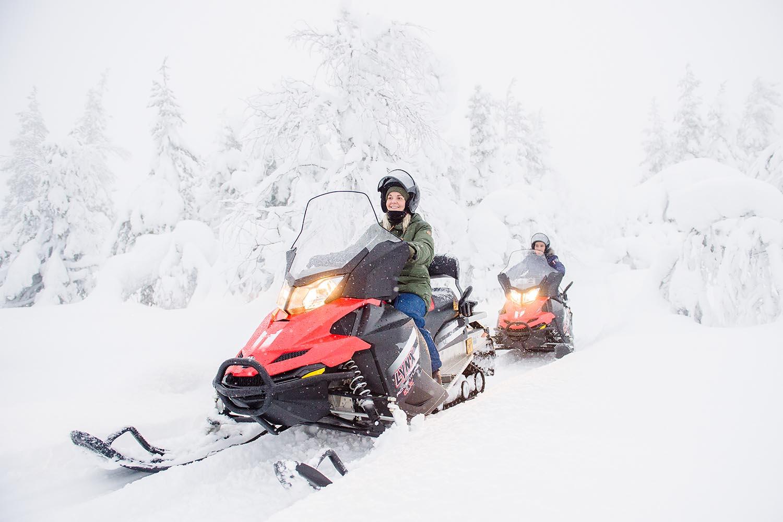 snow mobile safari lapland